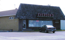 Everson's Auto Parts, Hallock Minnesota
