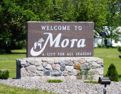 Mora welcome sign on Highway 65, 2007