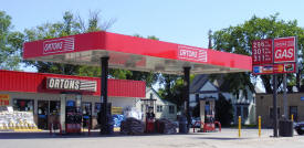 Orton's Staples Gas, Staples Minnesota