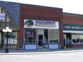 Whispering Willows Home Decor, Gifts and Eatery, Long Prairie Minnesota
