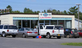 Bay Breeze Laundry, Two Harbors Minnesota