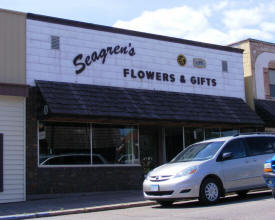 Seagren's Flowers & Gifts, Two Harbors Minnesota