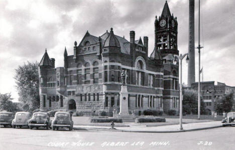 Court House, Albert Lea Minnesota, 1940's