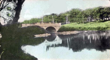 New Hatch Bridge, Albert Lea Minnesota, 1908
