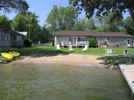Vacationer's Inn Resort on Lake Cowdry, Alexandria Minnesota
