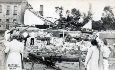 Ruins of the Anoka Armory after tornado hit, June 18, 1939