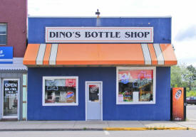 Dino's Bottle Shop, Aurora Minnesota