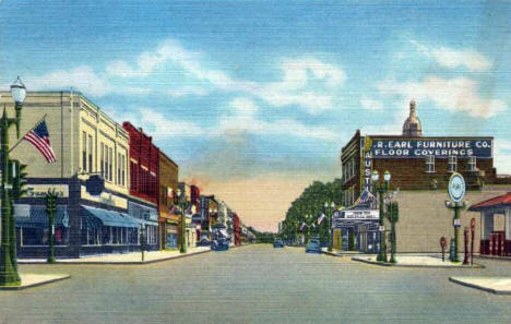Main Street looking north, Austin Minnesota, 1948