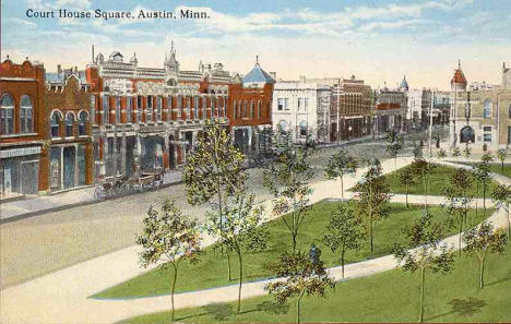 Courthouse Square, Austin Minnesota, 1910