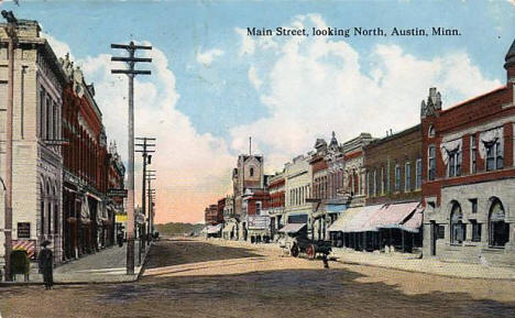 Main Street looking north, Austin Minnesota, 1916