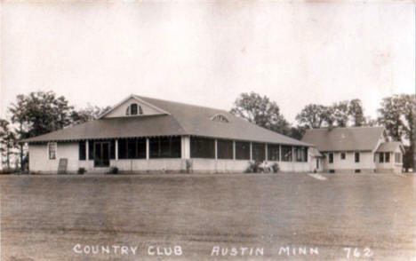 Country Club, Austin Minnesota, 1930's