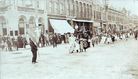 Parade in Austin Minnesota, 1910