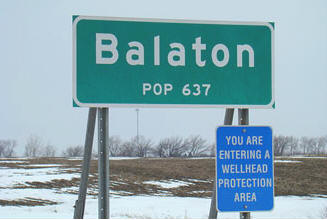 Balaton Minnesota population sign