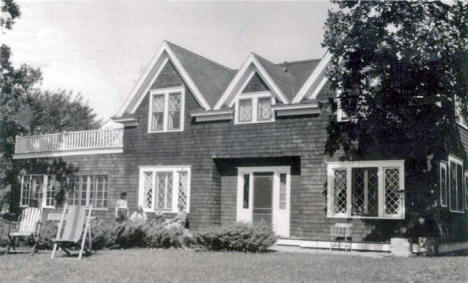 Lakeside Inn, Battle Lake Minnesota, 1947