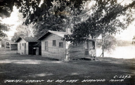 Sunset Cabins on Bay Lake, 1941