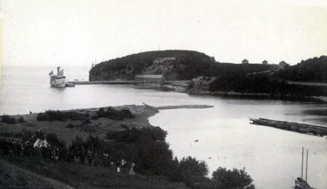 Steamer Ossifrage with passengers lying at dock at Beaver Bay Minnesota, 1888?