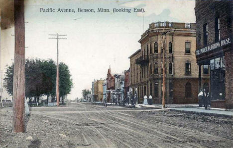 Pacific looking east, Benson Minnesota, 1908