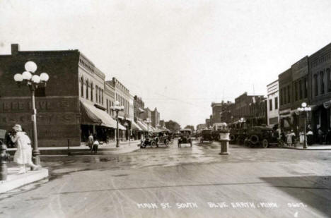 Main Street, Blue Earth Minnesota, 1920's