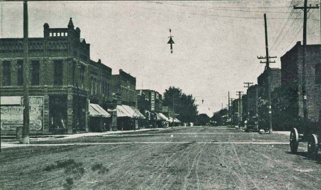 Main Street, Blue Earth Minnesota, 1910?