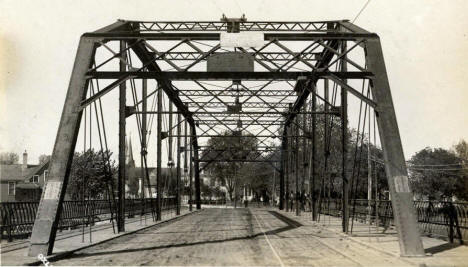 Wahpeton-Breckenridge Interstate Bridge, 1910