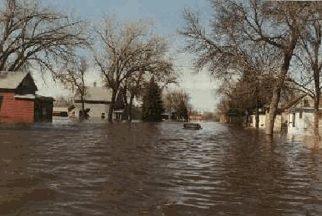 Flood waters in Breckenridge, Minnesota, April 1997