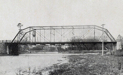 Bridge over the Bois de Sioux River, Breckenridge Minnesota, 1910