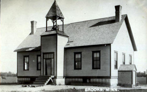 School, Brooks Minnesota,1914