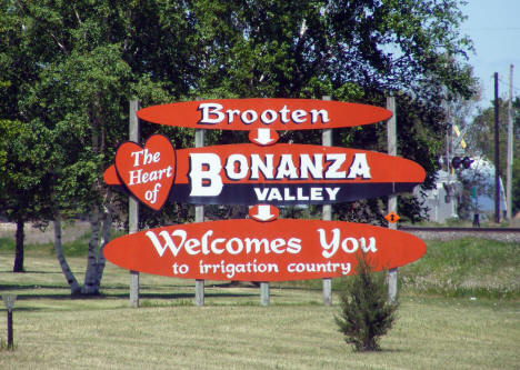 Welcome sign, Brooten Minnesota, 2009