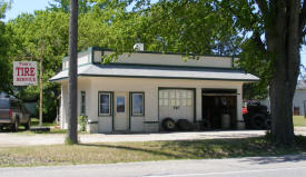 Tom's Tire Service, Brooten Minnesota