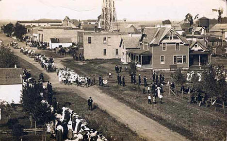 Parade, Brooten Minnesota, 1911