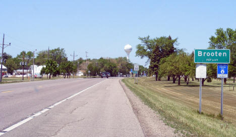 Entering Brooten Minnesota on State Highway 55, 2009