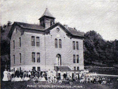 Public School, Brownsville Minnesota, 1907