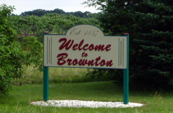 Brownton Minnesota welcome sign