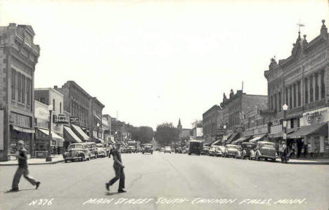 Main Street South, Cannon Falls Minnesota, 1940's