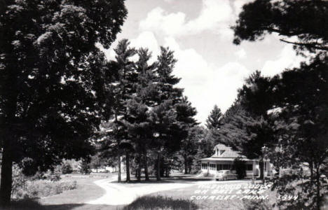 Wildwood Lodge on Bass Lake, Cohasset Minnesota, 1950