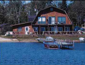 Wolf Bay Lodge, Cook Minnesota