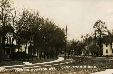 View of Houston Avenue, Crookston Minnesota, 1910's?