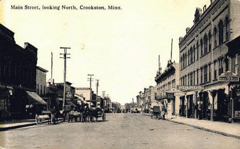 Main Street looking north, Crookston Minnesota, 1908