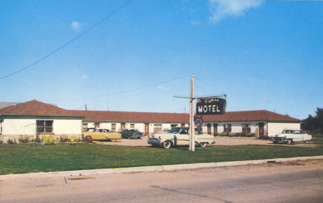Bahr's Motel, Deer River Minnesota, 1950's