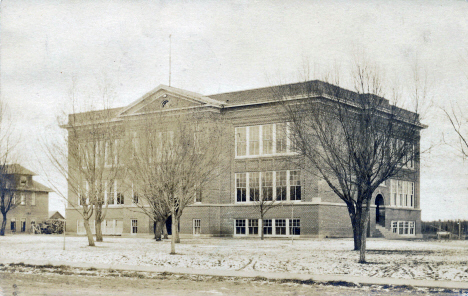 Public School,Deer River Minnesota, 1917