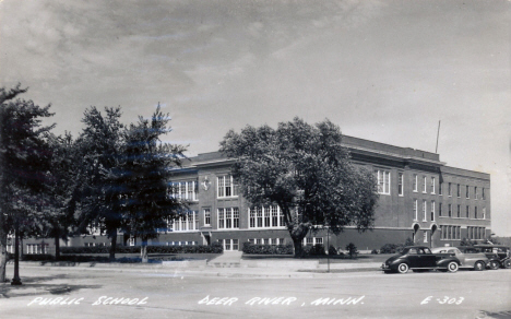 Public School, Deer River Minnesota, 1953