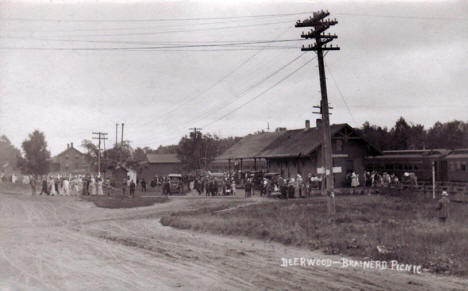 Deerwood Brainerd Picnic at Deerwood Train Depot, 1910's(?)