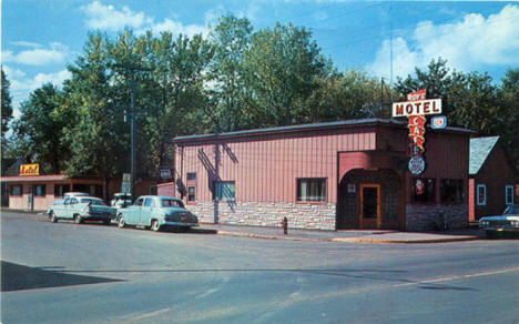 Roy's Motel and Cafe, Deerwood Minnesota, 1950's