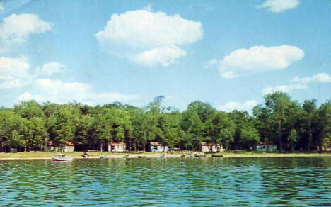 Hogan's Sunset Bay Resort on Dead Lake, Dent Minnesota, 1965