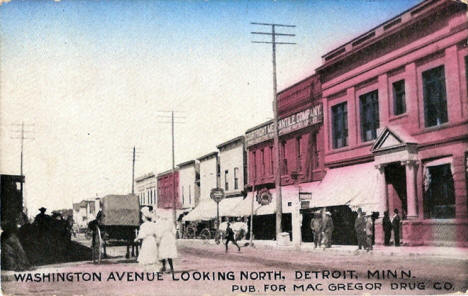 Washington Avenue looking north, Detroit Lakes Minnesota, 1913