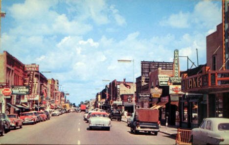 Washington Avenue, Detroit Lakes Minnesota, 1950's