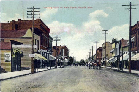 Looking north on Main Street, Detroit Lakes Minnesota, 1912
