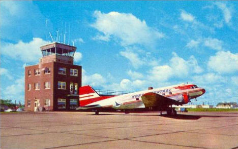 North Central Airlines plane at Duluth Airport, 1950's