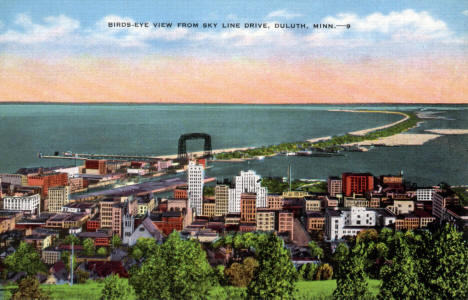 Birds eye view from Skyline Drive, Duluth Minnesota, 1940's