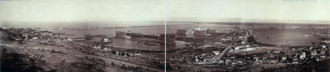 Panoramic photo of Duluth Harbor, 1902